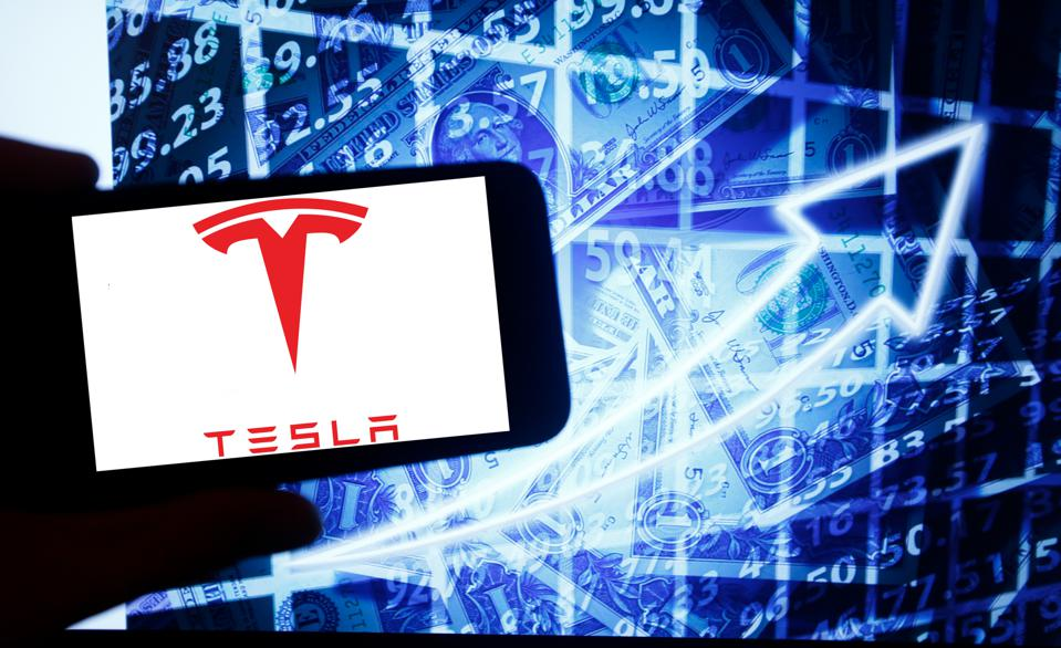 Know About The Stock Break Issue of Tesla